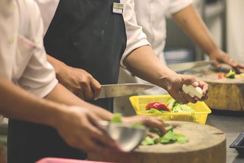 busy-kitchen