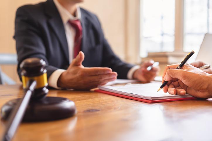 Divorce Lawyer Social Media Services